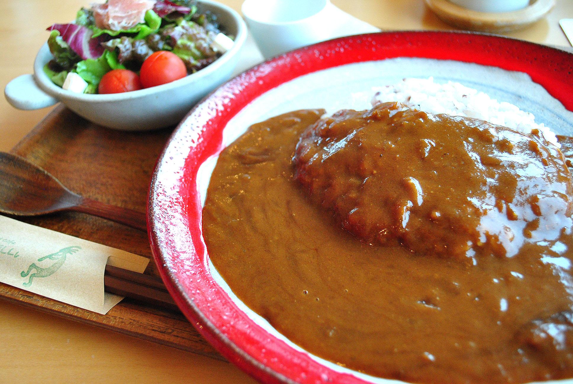 何度でも食べたいコクのあるカレー。糸島市のカレー&カフェ「ココペリ」。