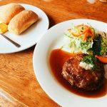 糸島のカフェレストラン「でん」は田園風景に佇む美味しいスポットです。